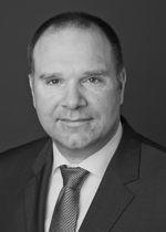 Herr Dr. Bernhard Langefeld